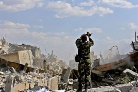 Trump, allies praise Syria strikes as Moscow seethes.