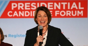 Democrat Amy Klobuchar: 'We All Stand on the Shoulders of Immigrants'