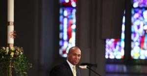 Former Massachusetts Gov. Deval Patrick Announces White House Run