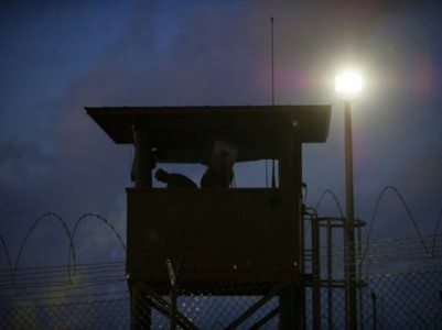Obama Quietly Transfers 10 Guantánamo Prisoners to Oman