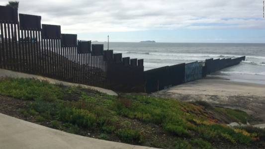 New San Diego Border Wall Under Construction, Includes 'Anti-Climbing Plate'