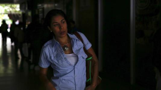 Venezuela blackout leaves commuters scrambling, silences president
