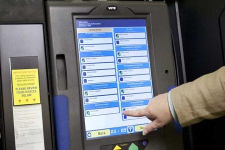 In Chicago, a Voting Machine Was Pre-Wired… to Vote for DEMOCRATS ONLY!