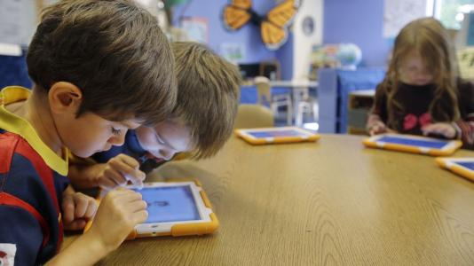 LA schools' beleaguered, billion dollar iPad project under FBI investigation