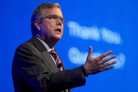 Jeb Bush Inspires CPAC Walkout