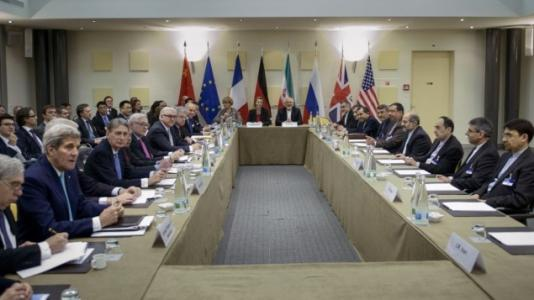 US threatens to 'walk away' from Iran talks as deadline extended