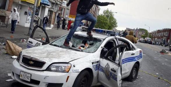 Baltimore Destroyed: Rioters Burn Buildings, Injure Police, Attack Reporters and Loot Local Stores