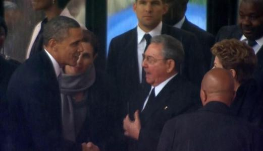 Obama Speaks With Castro by Phone