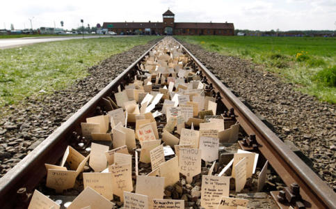 Franklin Graham Warns Holocaust Might Be Repeated With Influx of Muslims in US and Europe Who Hate Christians and Jews