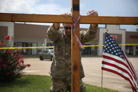 Governors arm National Guard in wake of Chattanooga murders