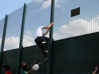 PICTURES: Hard Left Radicals Attack Illegal Immigrant Detention Centre