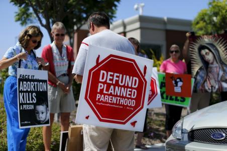 Planned Parenthood Defund Bill Fails in Senate; Democrats Claim Baby Parts Harvesting Group Aids Women's Health