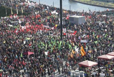 Hundreds of thousands protest in Berlin against Transatlantic Trade and Investment Partnership deal