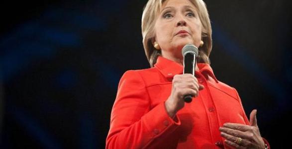 Hillary CLINTON Isn't Backing Down on Gun Control