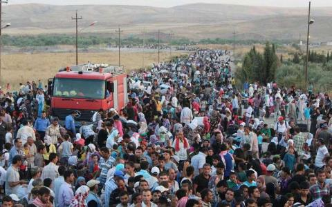 Obama moves to 'increase and accelerate' admission of Syrian refugees