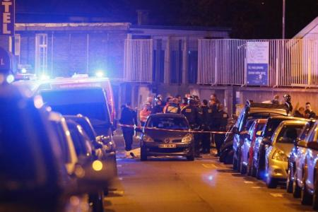 Two men linked to Paris attacks registered as migrants in Greece: police