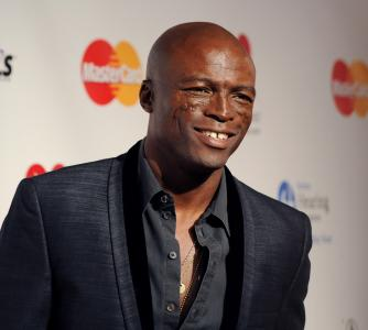 Seal: America was 'misled' before Obama took office