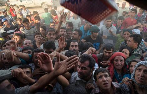 GOP candidates urging Obama to rethink accepting most Syrian refugees