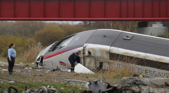 TGV TRAIN DERAILS NEAR FRENCH CITY OF STRASBOURG, 5 KILLED, 7 INJURED