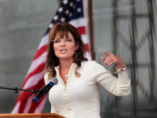Palin Blasts Mainstream Media 'Herd,' 'Naive' Pundits for Opposing Trump's Temporary Muslim Ban