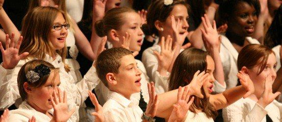 "School District Defends Children Singing ""Allahu Akbar"" at Minnesota Public School Holiday Concert"