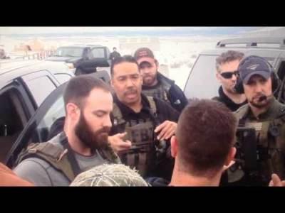 FBI and Militia Burns Oregon