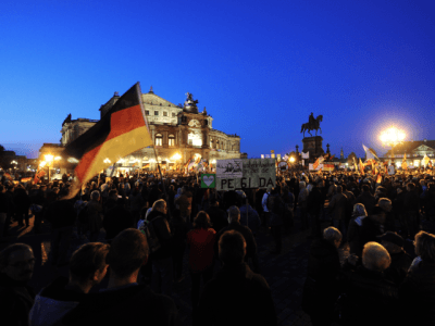 PEGIDA Hymn Knocks Adele From Top of German Singles Chart