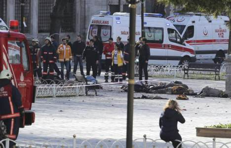 "ISIS Suicide Bomber Behind DEADLY Istanbul Attack was ""SYRIAN REFUGEE"" – 10 European Tourists Dead, Scores Injured"