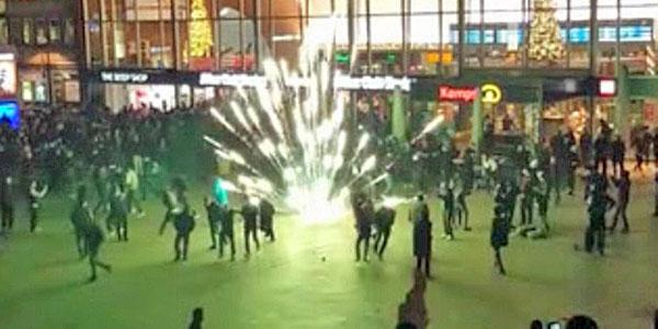 1,000 migrants rape, steal, brawl at train station