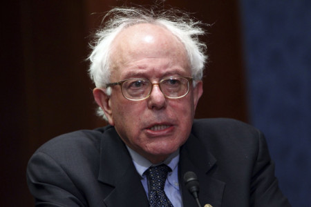 Bernie Sanders Signs Global Warming Pledge — Created By A Billionaire Hedge Fund Manager