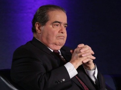 Conspiracy Theories Surround Justice Scalia's Death