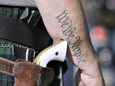 concealed-carry-We-the-People-tatoo-AP-640x480