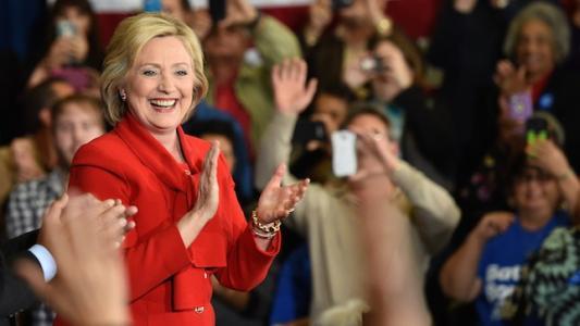 Clinton beats Sanders in tight Nevada caucus race