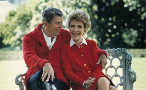 Nancy Reagan Dies