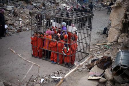 2015-02-15T134620Z_590113505_GM1EB2F1OCS01_RTRMADP_3_SYRIA-CRISIS