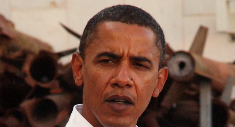 Obama's Bizarre Iranian Love Affair Continues