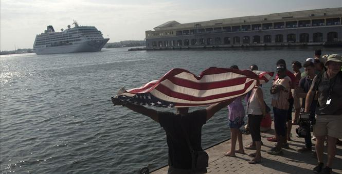 Cuban Dissident Arrested For Waving American Flag As Cruise Ship Enters Havana