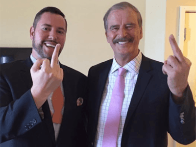 Huffington Post Posts Vicente Fox Giving Donald Trump the Finger