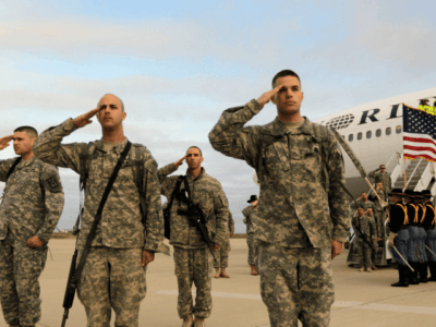 30 GOP Republicans Back Obama's Recruitment of Illegals for Shrinking US Military
