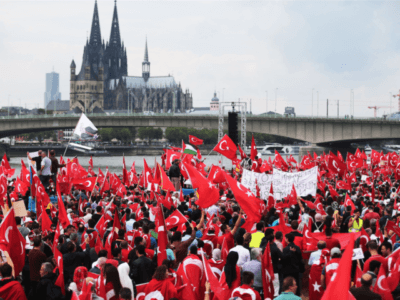 Photos: Huge Islamist Rally In Germany. Tens of Thousands Chant 'Allahu Akbar' at Rhine River…