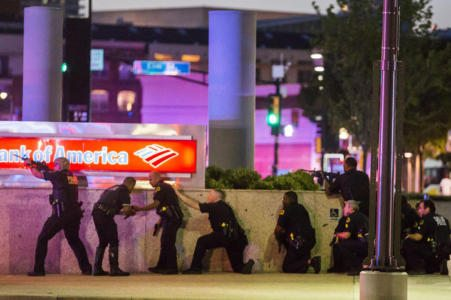 one-officer-dead-at-least-three-other-officers-shot-at-dallas-protest_1