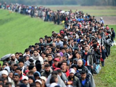 Christian Refugees Hide Their Bibles as Islamists Take Over German Migrant Camps