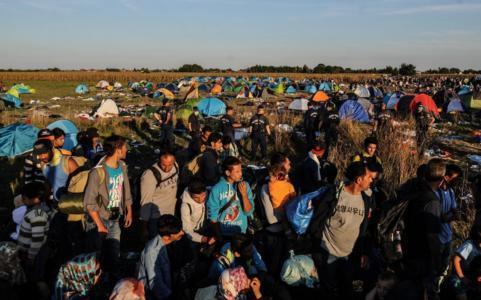 headlineImage.adapt.1460.high.Obama_refugees_091015.1441991200510