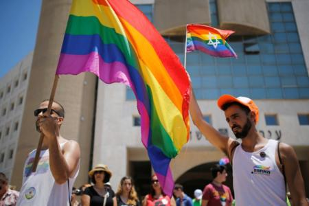 No Scientific Evidence That People Are Born Gay or Transgender, Johns Hopkins Researchers Say
