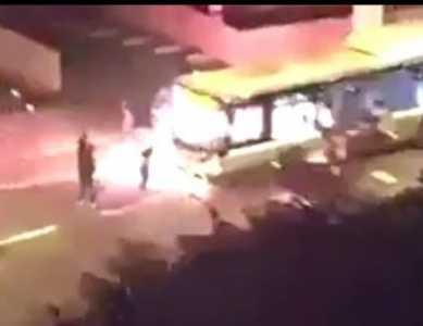 BREAKING: Muslims Firebomb Bus in Paris (VIDEO)
