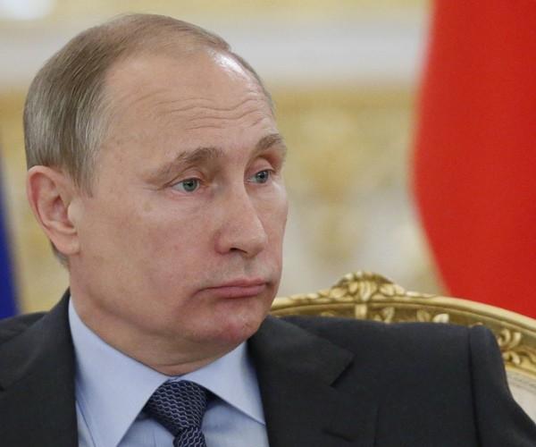Image: Trump Says US Should Accept Putin's Conquest of Crimea