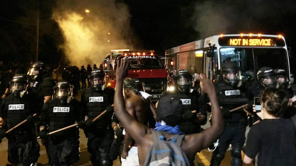 'We Out Like The Taliban!' Charlotte Citizens Riot After Police Shooting [VIDEO]