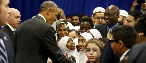 2016-02-03t192700z_1_lynxnpec12180_rtroptp_4_usa-obama-mosque-e1475115056754