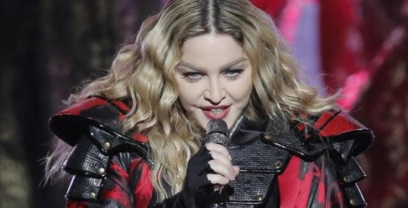 After First Posing Nude, Madonna Now Offering Sexual Favors For Voting For Hillary