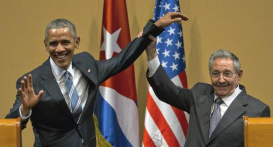 Dem Senator: Obama 'Blatantly' Breaking Law with 'Outrageous' Cuba 'Legacy-Attempt'